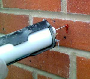400cc Cartridge Tube with Needle inject a Brick